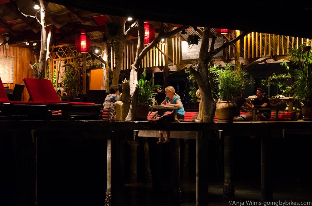 Loi Krathong Essen im Buddha View