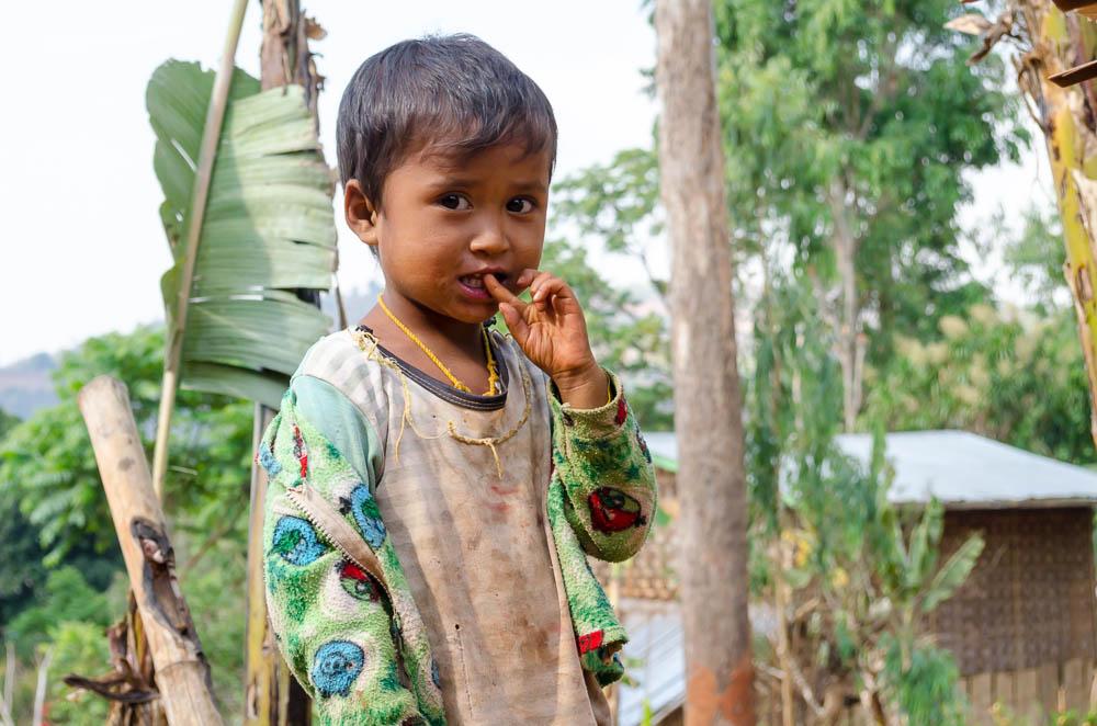 Kleines Mädchen in Myanmar