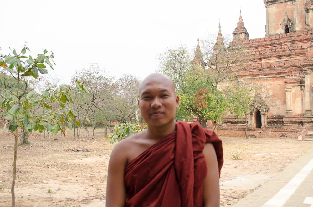 Mönch in Bagan