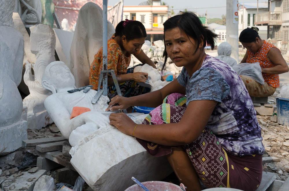 Steinmetze in Mandalay, Myanmar