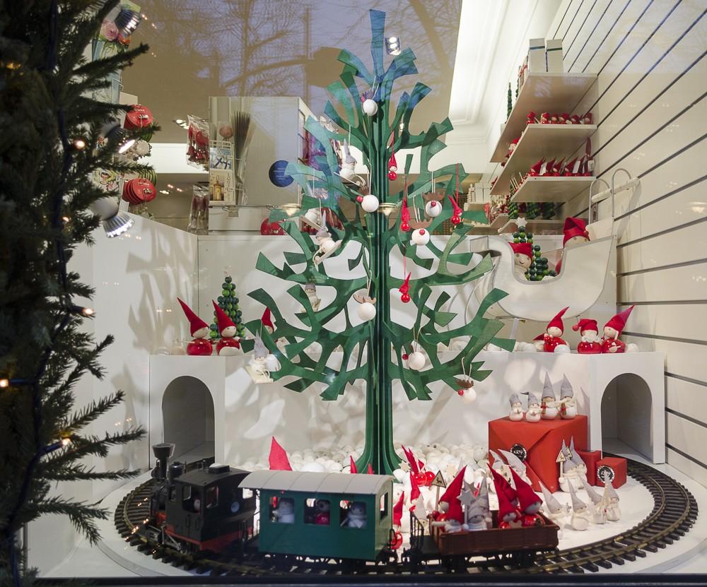 Ein wochenende in helsinki ein foto city guide for Schaufenster weihnachtsdeko
