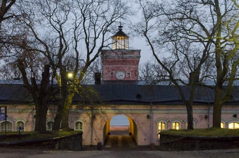 Festungsinsel Suomenlinna im Hafen von Helsinki