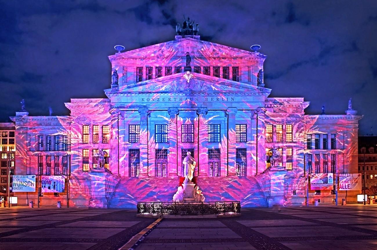 Nachts in berlin wird auf der strasse gefickt 9