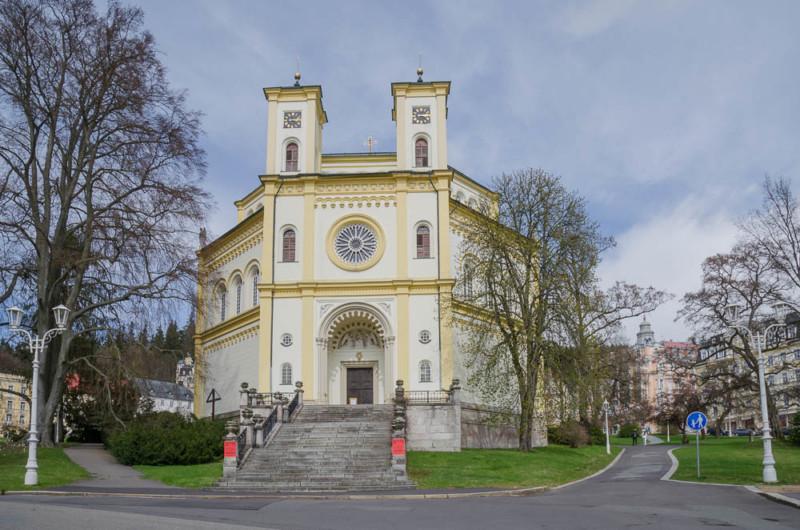 Maria Himmelfahrt Kirche in Marienbad