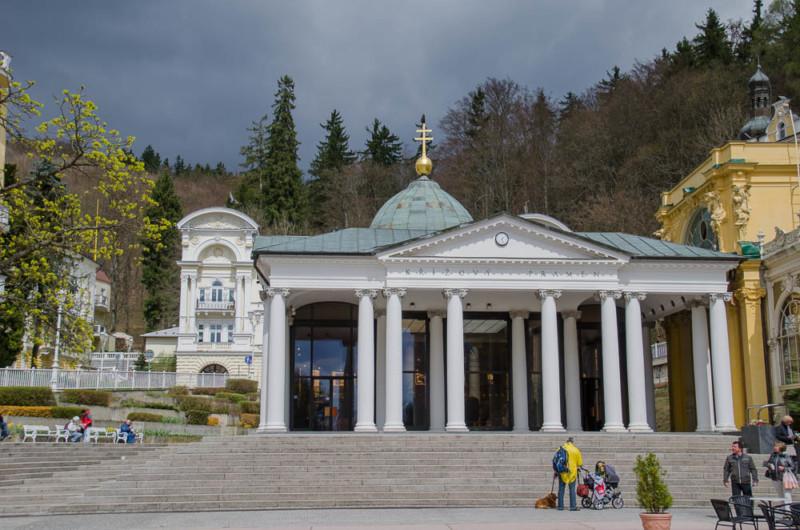 Kreuzbrunnen Kolonnade in Marienbad